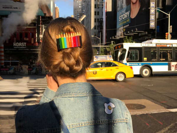 Haarspange Lucy in School
